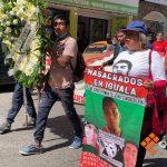 Marchan padres de los 43 en Chilpancingo por 85 meses de caso Ayotzinapa